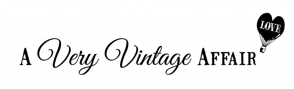 very vintage text logo